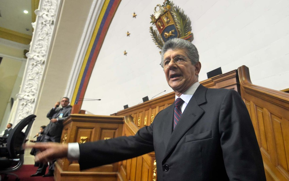 Maduro instala Conselho de Defesa sem Procuradoria ou Parlamento — Venezuela