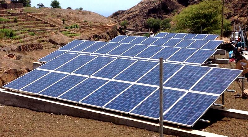 Governo: Porto Novo vai ser primeiro município coberto a 100% com sistemas fotovoltaicos de produção de água